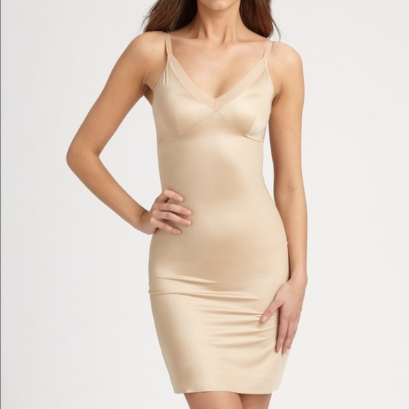 STAR POWER SPANX Tame Worthy Medium Control Nude Mini Half Slip NEW Womens M XL